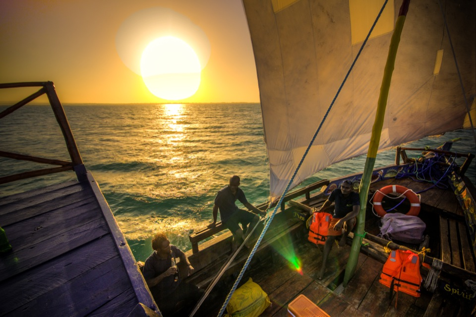 Freespirit – Sunset across the deck